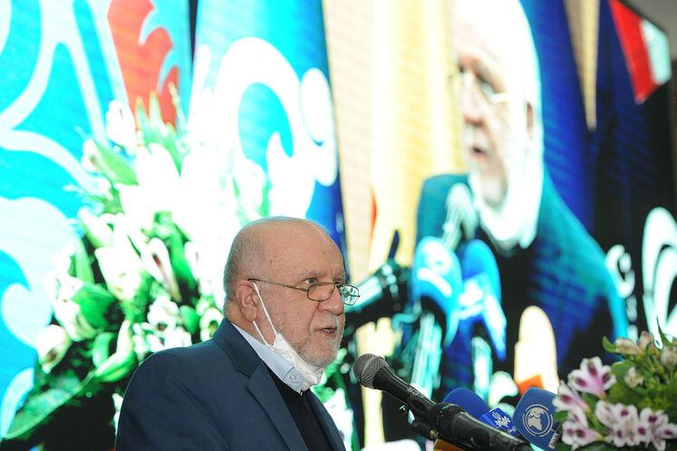 سخنرانی بیژن زنگنه، وزیر نفت در آیین گشایش بیستوپنجمین نمایشگاه بینالمللی نفت، گاز، پالایش و پتروشیمی