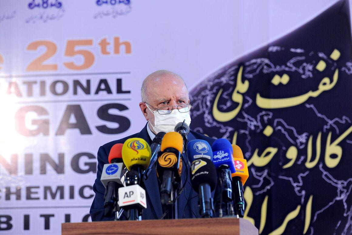 زنگنه: نگران احیای بازارهای ازدسترفته نفت ایران نیستم