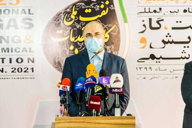 محمدباقر قالیباف، رئیس مجلس در بیست و پنجمین نمایشگاه بین المللی نفت گاز پالایش و پتروشیمی