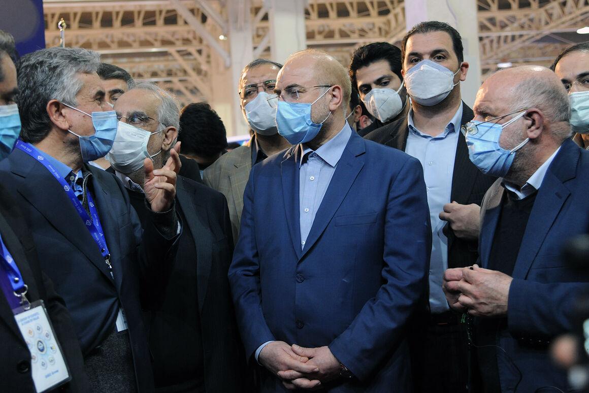 رئیس مجلس از بیستوپنجمین نمایشگاه نفت ایران بازدید کرد