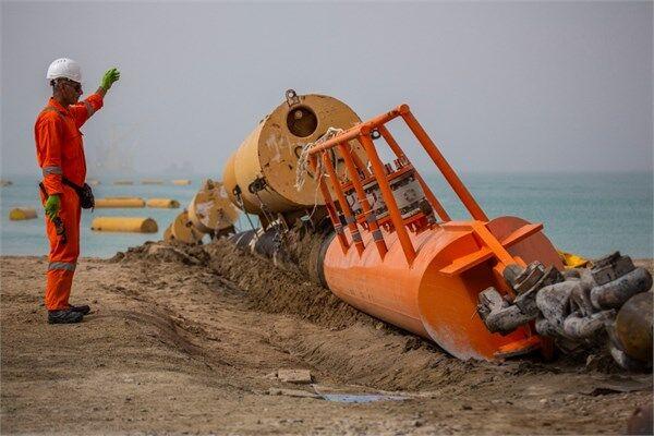 طولانیترین عملیات کشش لوله دریا در پایانه نفتی جاسک تکمیل شد