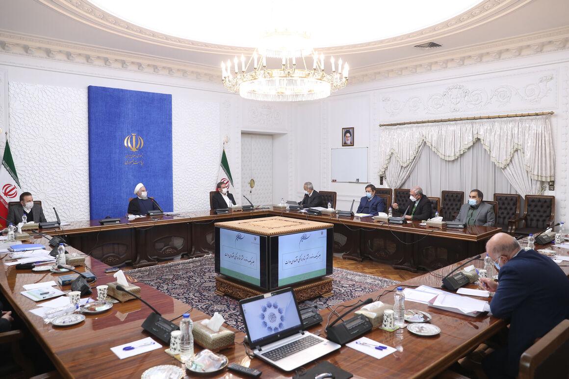 بودجه ۱۴۰۰ برای مدیریت اقتصاد در شرایط جنگ اقتصادی تدوین شده است