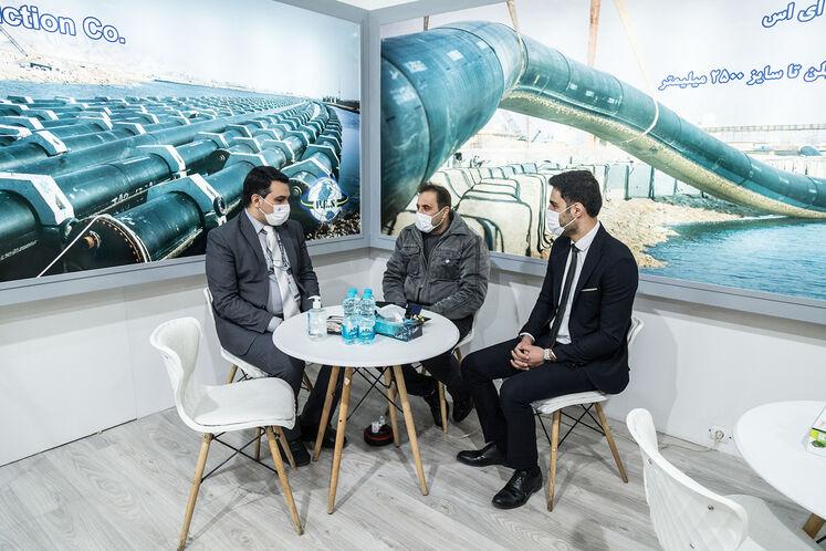 حاشیه روز چهارم بیستوپنجمین نمایشگاه بینالمللی نفت، گاز، پالایش و پتروشیمی