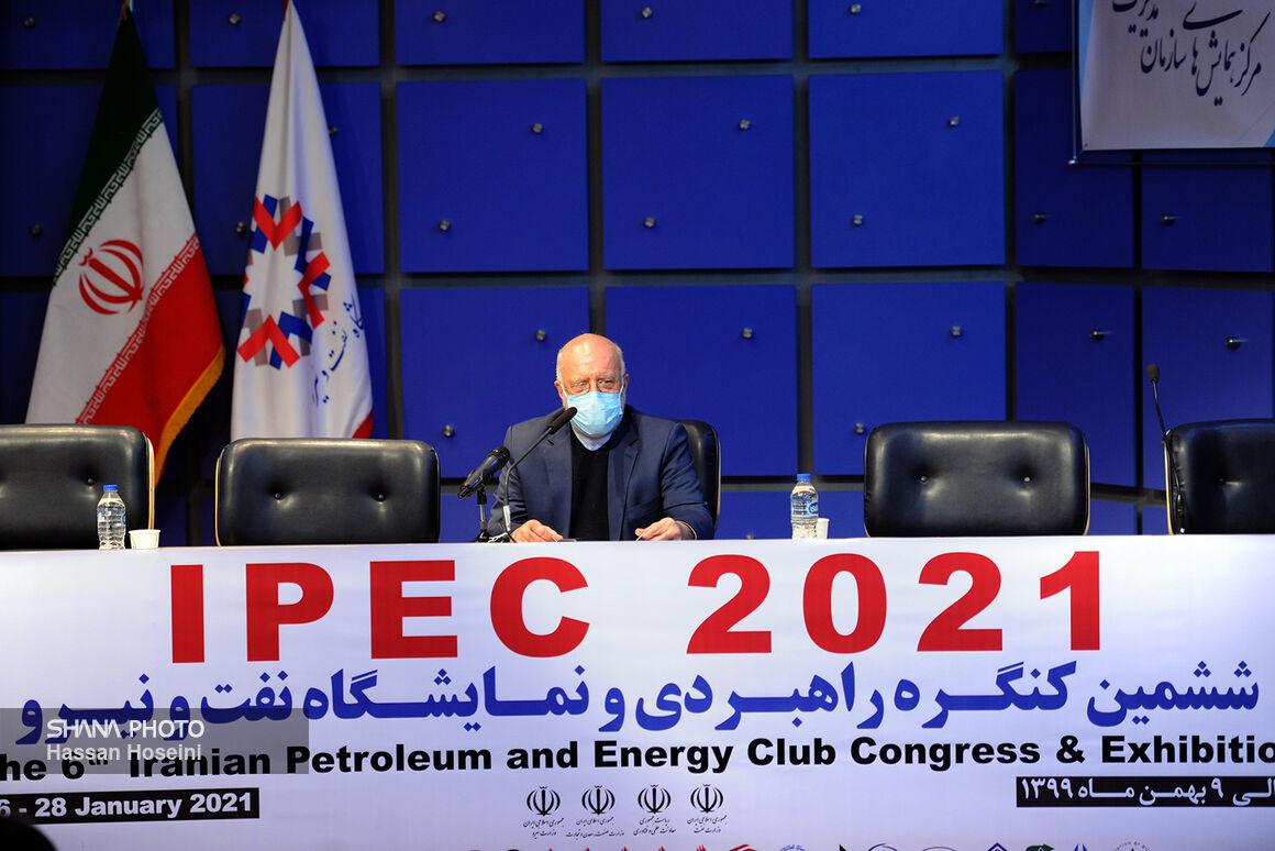 عدهای ۴۰ سال است نمیگذارند تولید نفت ایران از ۴ میلیون بشکه فراتر رود