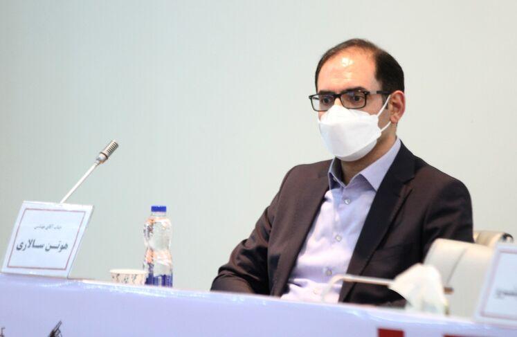 هوتن سالاری، معاون مدیر امور بینالملل شرکت ملی نفت ایران