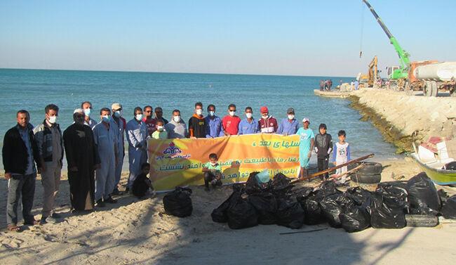 ساحل اسکله مسافربری دهکده لاوان پاکسازی شد
