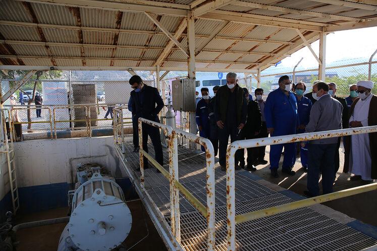 بهرهبرداری از پروژه انتقال گاز مجتمع دریایی فروزان به خارک با هدف جلوگیری از سوزاندن گازهای مشعل، کاهش آلایندگیهای زیستمحیطی و تامین خوراک پتروشیمی خارک