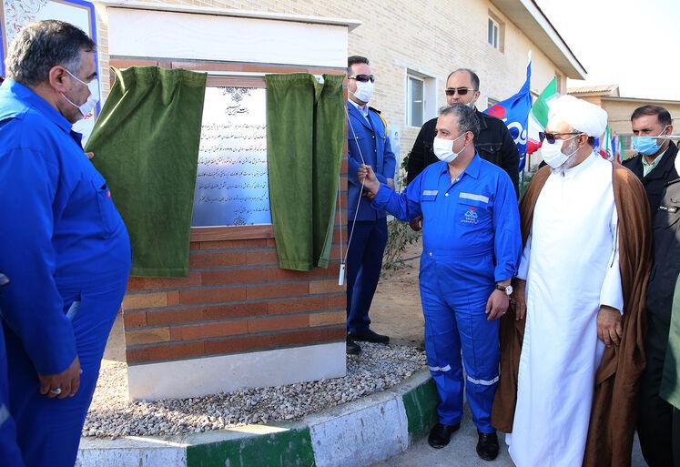 بهرهبرداری از کمپ زیتون در منطقه عملیاتی خارک شرکت نفت فلات قاره ایران