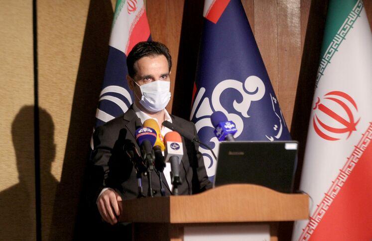 علی بیاتی، مدیر مرکز توسعه مدیریت صنعت نفت