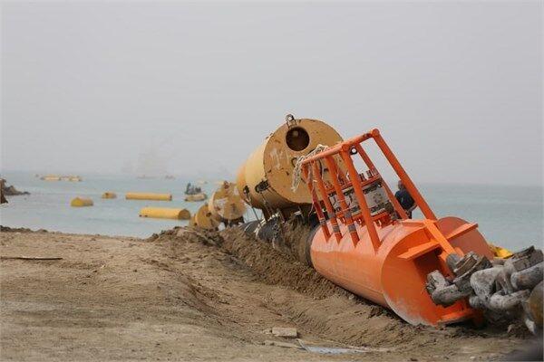 لولهگذاری دومین خط لوله زیردریایی پایانه نفتی جاسک تکمیل شد