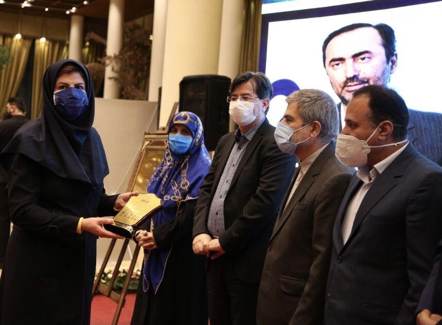 قدردانی از هلدینگ خلیج فارس در نشست سراسری مسئولیتپذیری اجتماعی و فرهنگ سازمانی