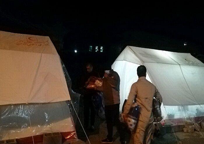 کمکهای غیرنقدی زاگرس جنوبی به زلزلهزدگان سیسخت