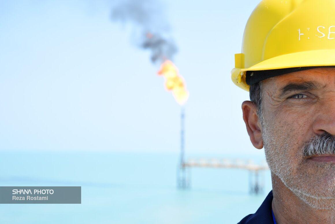 روند واکسیناسیون کارکنان عملیاتی شرکت ملی نفت شتاب میگیرد