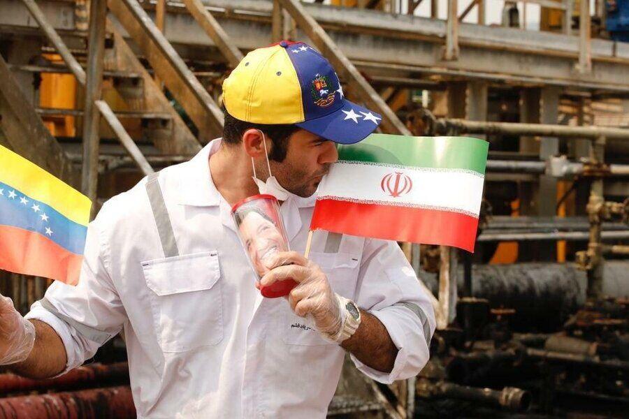 قدردانی وزیر نفت از مدیر بازرگانی شرکت ملی پالایش و پخش