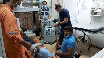 امدادرسانی کارکنان مجتمع نفتی سلمان به سرنشینان شناور صیادی