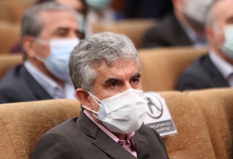 غلامرضا منوچهری، مدیرعامل گروه اویک