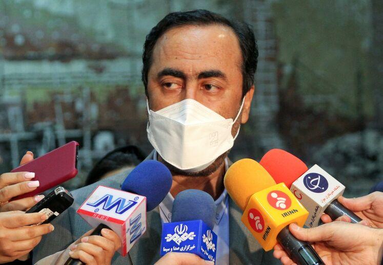 جعفر ربیعی، مدیرعامل هلدینگ پتروشیمی خلیجفارس در جمع خبرنگاران