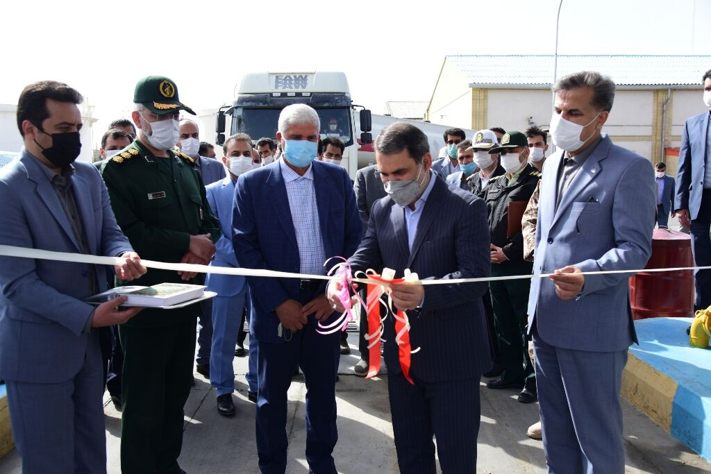هشتمین مرکز صادرات فرآوردههای نفتی در تربت حیدریه افتتاح شد