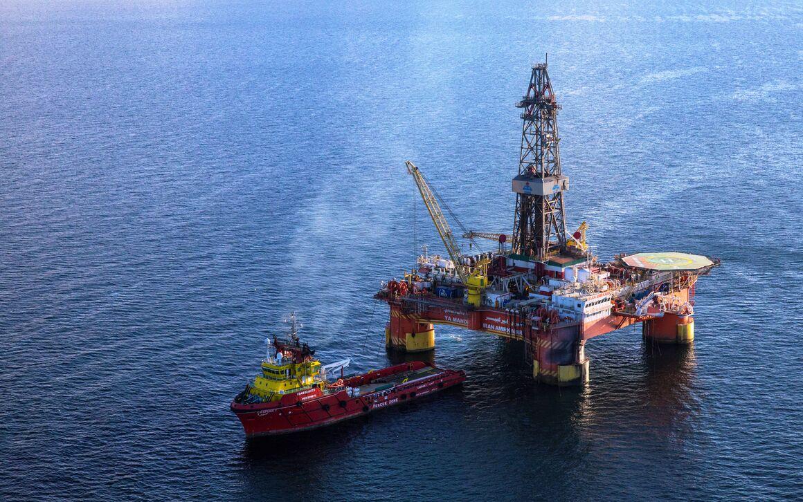 تعمیر و نوسازی ناوگان دریایی؛ برنامه ۱۴۰۰ نفت خزر