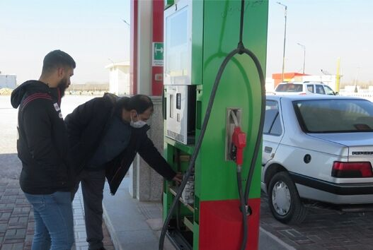 بازدید میدانی بیش از ۷ هزار مبادی عرضه سوخت منطقه زنجان در ۹۹