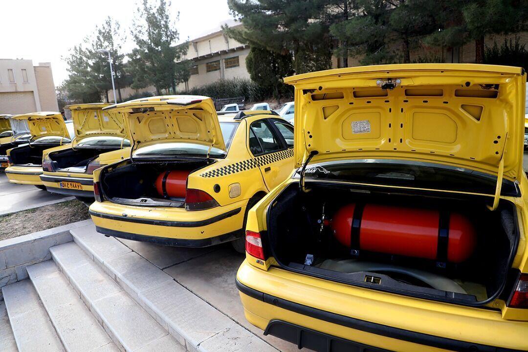 نزدیک به ۲۰۰۰ خودرو عمومی در منطقه اردبیل دوگانهسوز شد