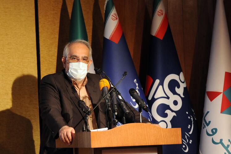 مسعود کرباسیان، مدیرعامل شرکت ملی نفت ایران  در آیین امضای قرارداد توسعه میدان گازی فرزاد «ب»