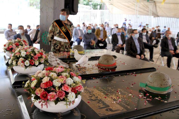 آیین یازدهمین سالگرد خاکسپاری شهدای گمنام وزارت نفت