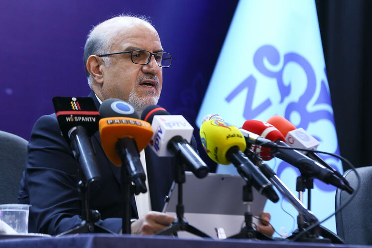 بهزاد محمدی، معاون وزیر نفت و مدیرعامل شرکت ملی صنایع پتروشیمی