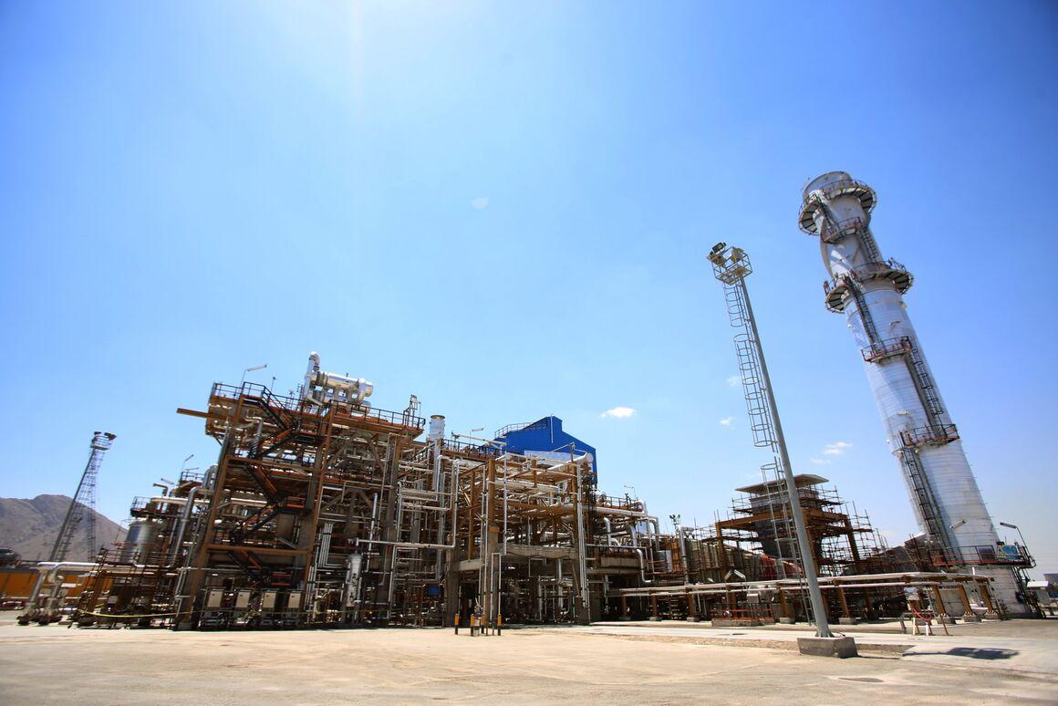 آغاز تعمیرات اساسی در پالایشگاه نفت اصفهان