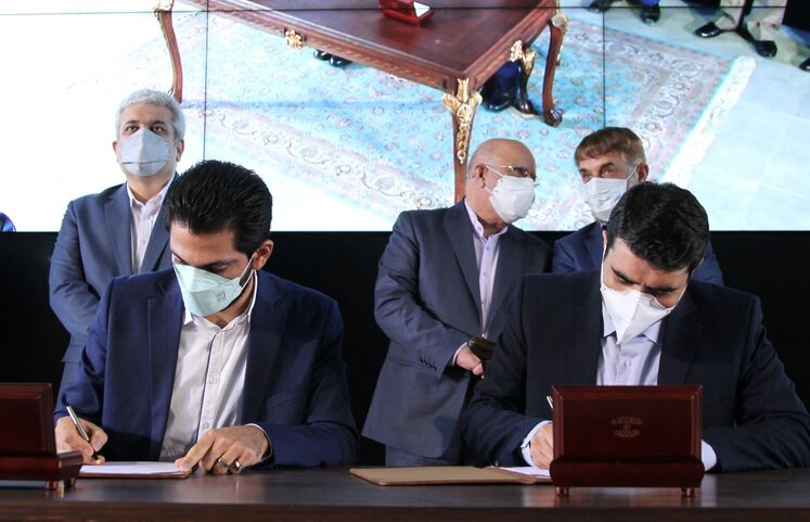 امضای موافقتنامه گرنت فناورانه با وزارت علوم، تحقیقات و فناوری در حاشیه آیین گشایش رسمی پارک نوآوری و فناوری صنعت نفت