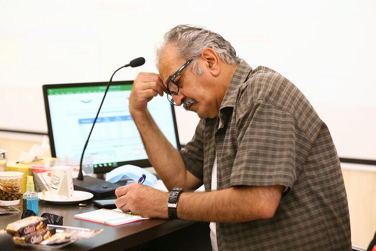 نشست خبری در حاشیه بازدید خبرنگاران از طرح توسعه و تثبیت ظرفیت پالایشگاه آبادان