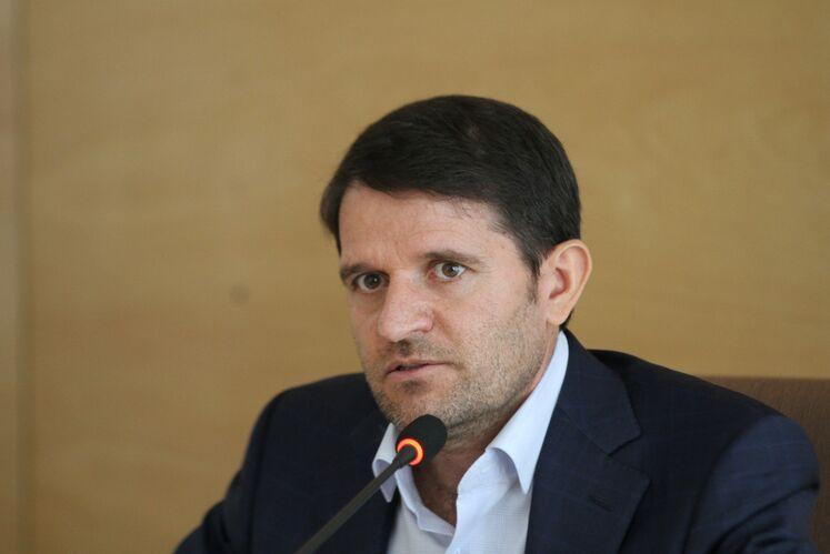 حسن عباسزاده، مدیر برنامهریزی و توسعه شرکت ملی صنایع پتروشیمی