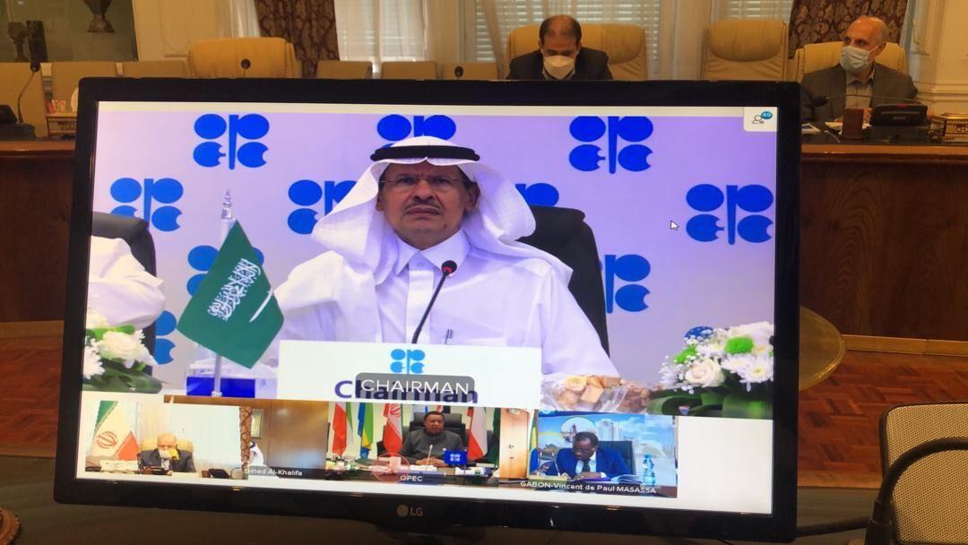 وزیر انرژی عربستان: به دوستی با زنگنه افتخار میکنم