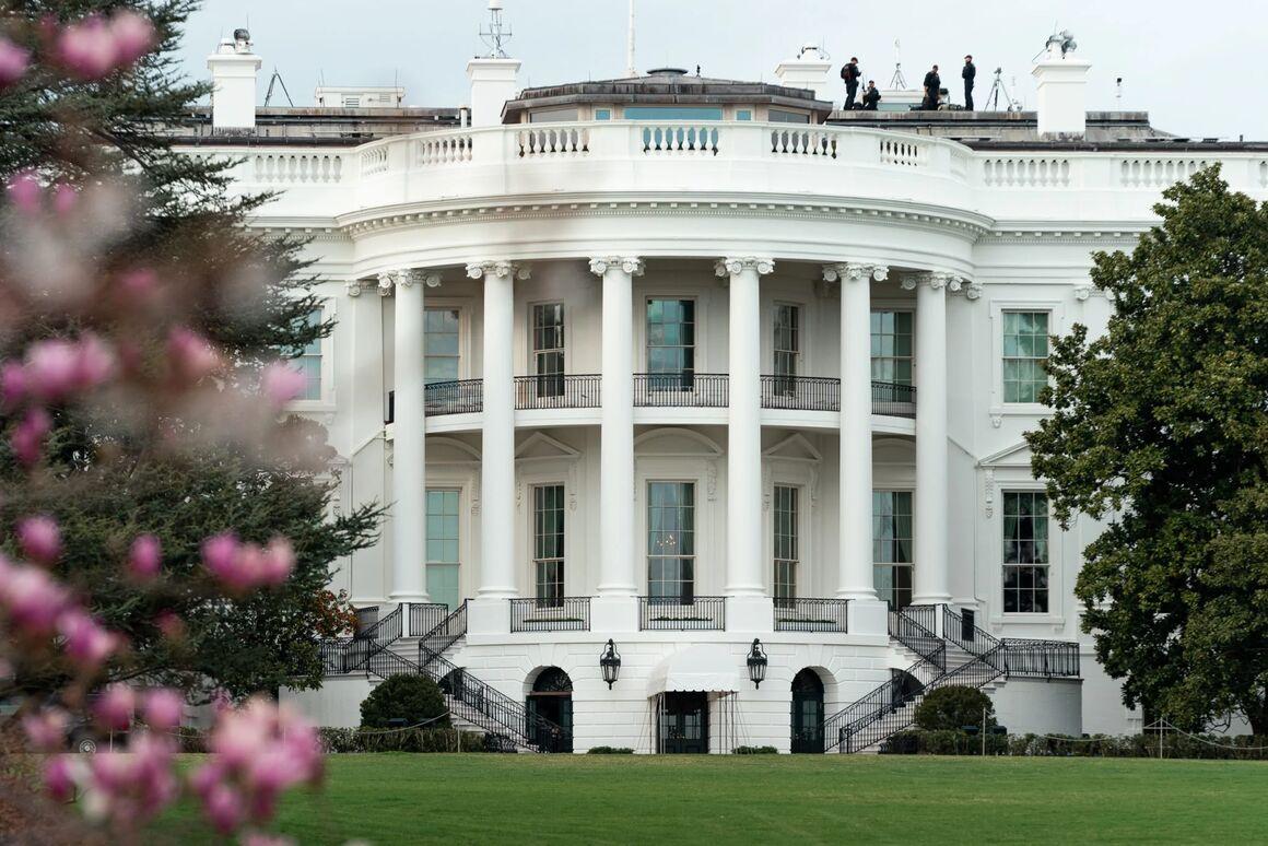 گفتوگوهای کاخ سفید و ریاض بر سر تحولات قیمت نفت