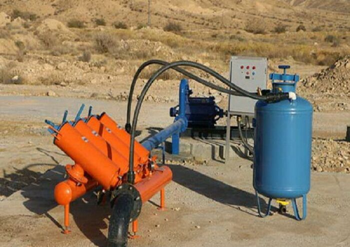تجهیز فضای سبز آغار و دالان به شبکه آبیاری قطرهای
