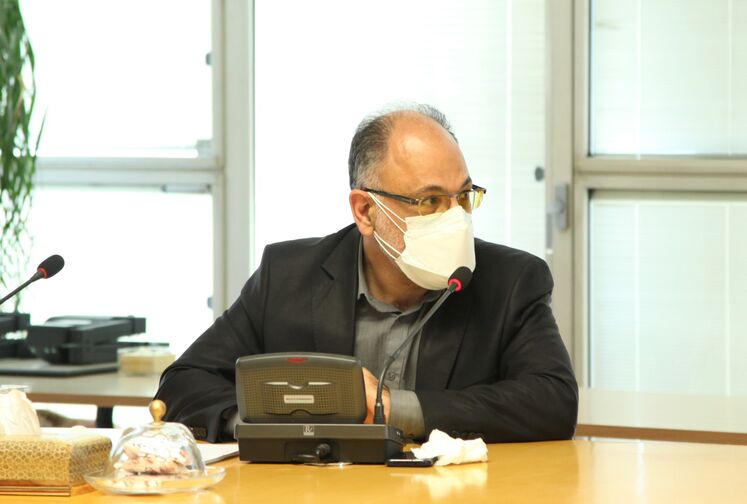 نشست خبری امیر وکیلزاده، مدیر طرحهای شرکت ملی صنایع پتروشیمی