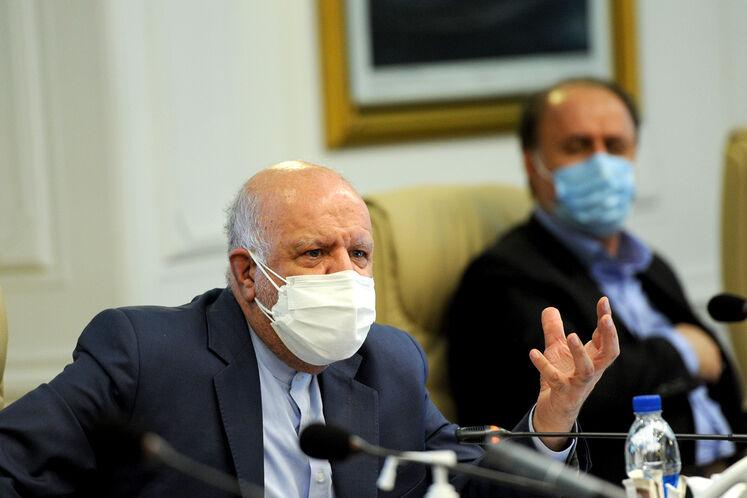 بیژن زنگنه وزیر نفت، هفدهمین نشست هیئت عالی نظارت بر منابع نفتی