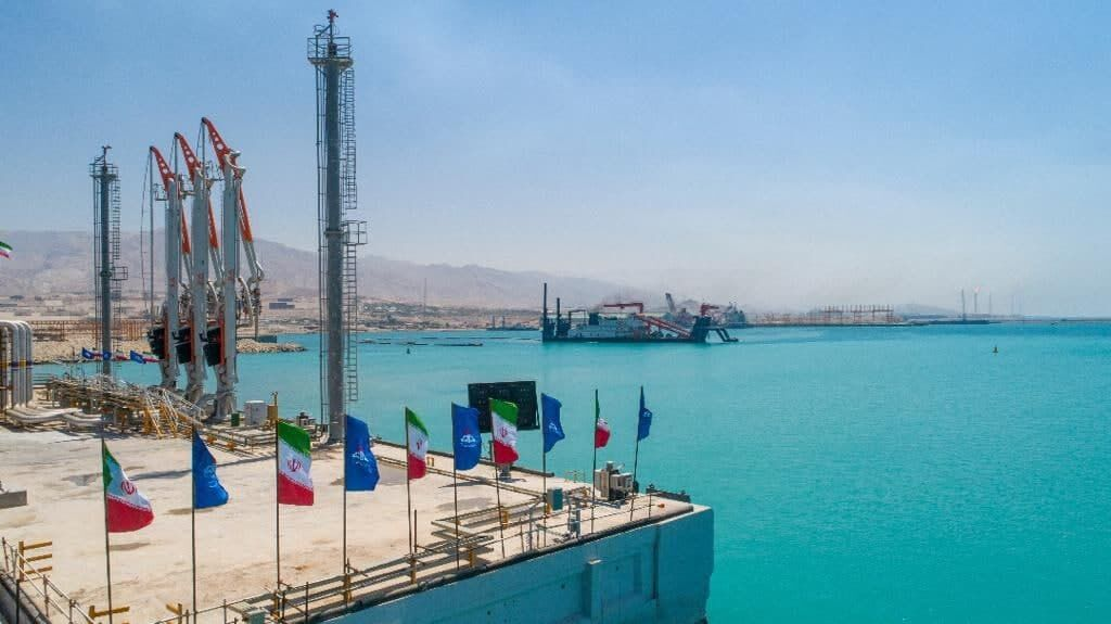 فاز نخست بندر صادراتی و خدماتی سیراف پارس به بهرهبرداری رسمی رسید