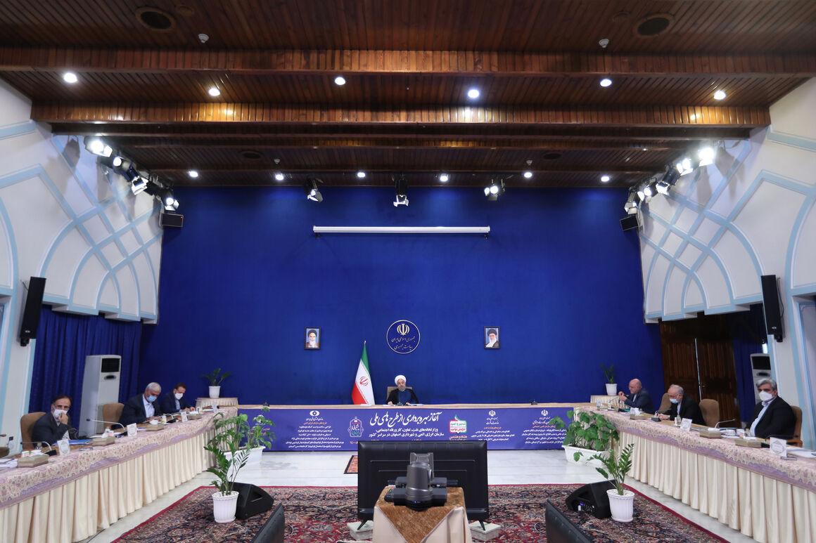 روحانی: ۱۷ فاز پارس جنوبی را در طول ۸ سال افتتاح کردیم