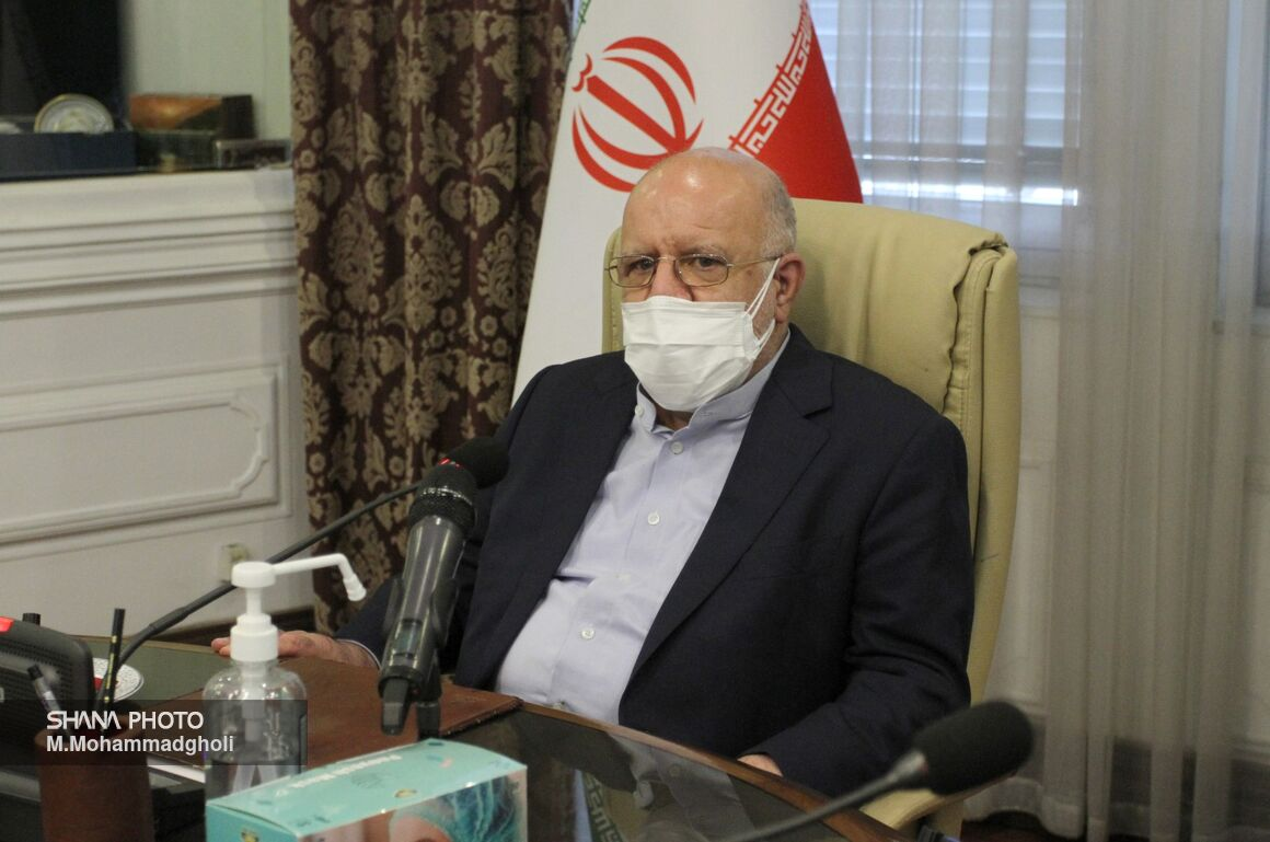 Iran Quadruples Export of Petroleum Products in 8 Years
