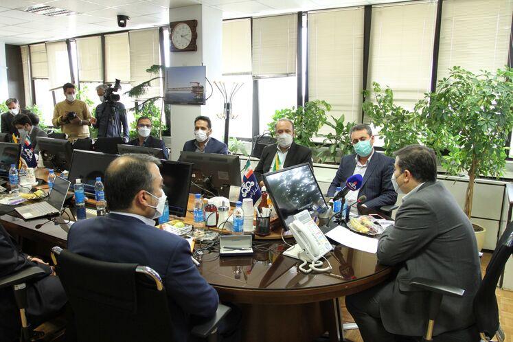 آیین امضای قرارداد ساخت لوله های بدون درز ۴ اینچ