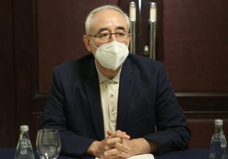 امیرحسین زمانینیا، معاون امور بینالملل و بازرگانی وزير نفت