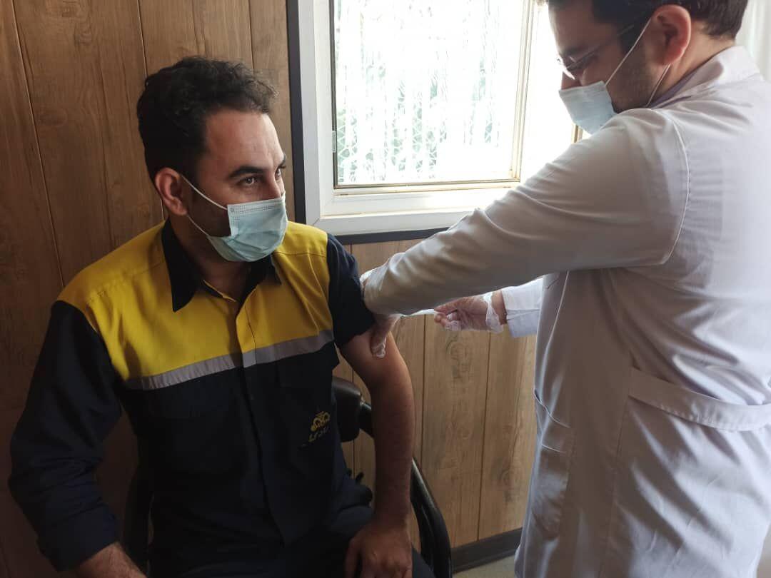 نیروهای امداد گاز خراسان رضوی واکسینه شدند