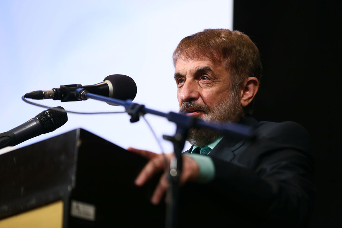 ایران تضعیف شود، بقیه جرأت تعرض پیدا میکنند