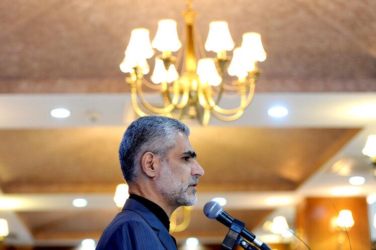 عبدالحسین بیات، عضو هیئت مدیره شرکت ملی صنایع پتروشیمی