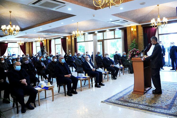 نشست وزیر پیشنهادی نفت با جمعی از مدیران صنعت نفت