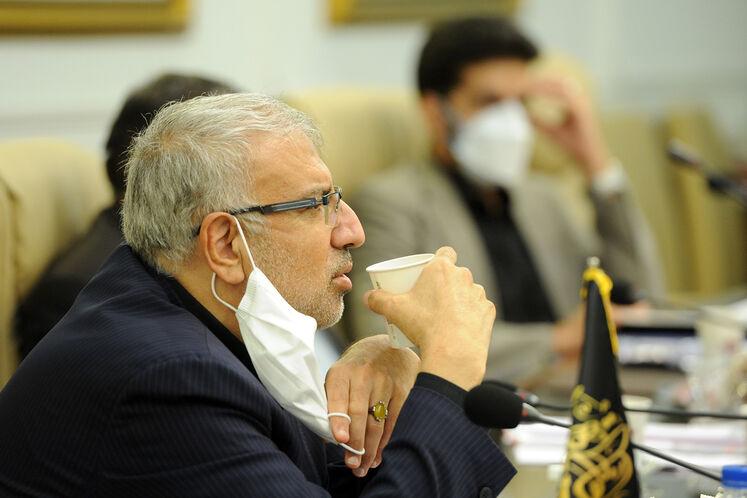 نخستین نشست جواد اوجی، وزیر نفت با شورای معاونان وزارت نفت