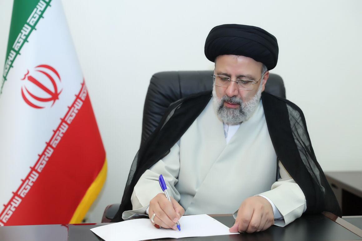 رأی بالای مجلس به دولت مردمی سرآغاز همکاری همدلانه برای ساختن ایران قوی است