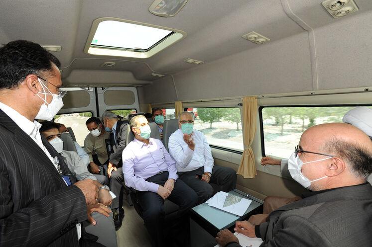روز دوم سفر جواد اوجی، وزیر نفت به عسلویه
