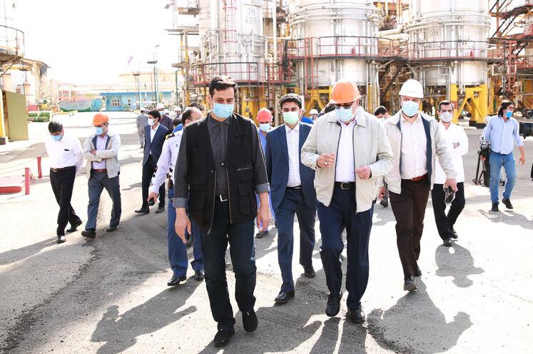 بازدید جواد اوجی، وزیر نفت از پالایشگاه تهران/ روز جمعه ۱۹ شهریورماه